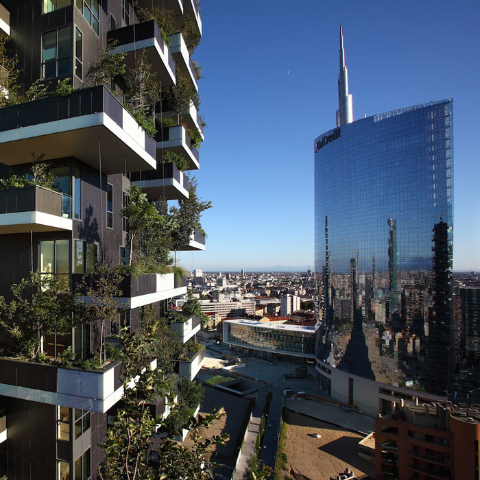 Lops-Contract-Real-Estate-Milano