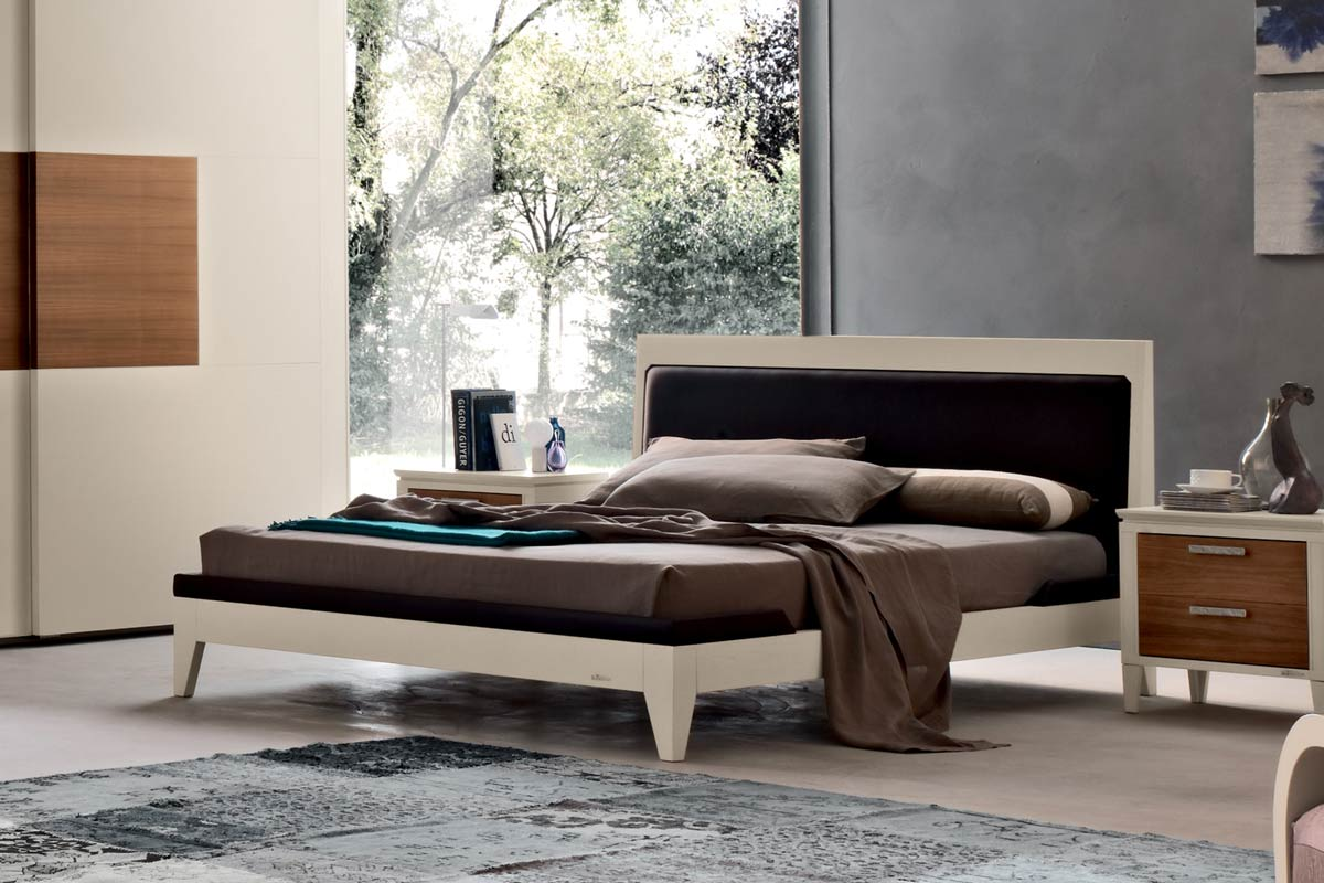http://www.lops.it/images/products/camere/letto-classico-melograno-le-fablier-00.jpg