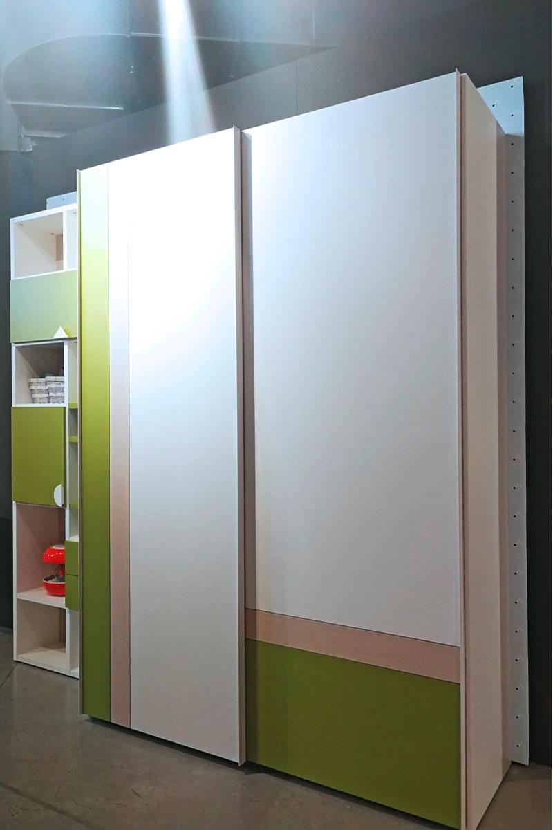 Outlet mobili milano arredamento e mobili di design lops for Outlet di mobili di design