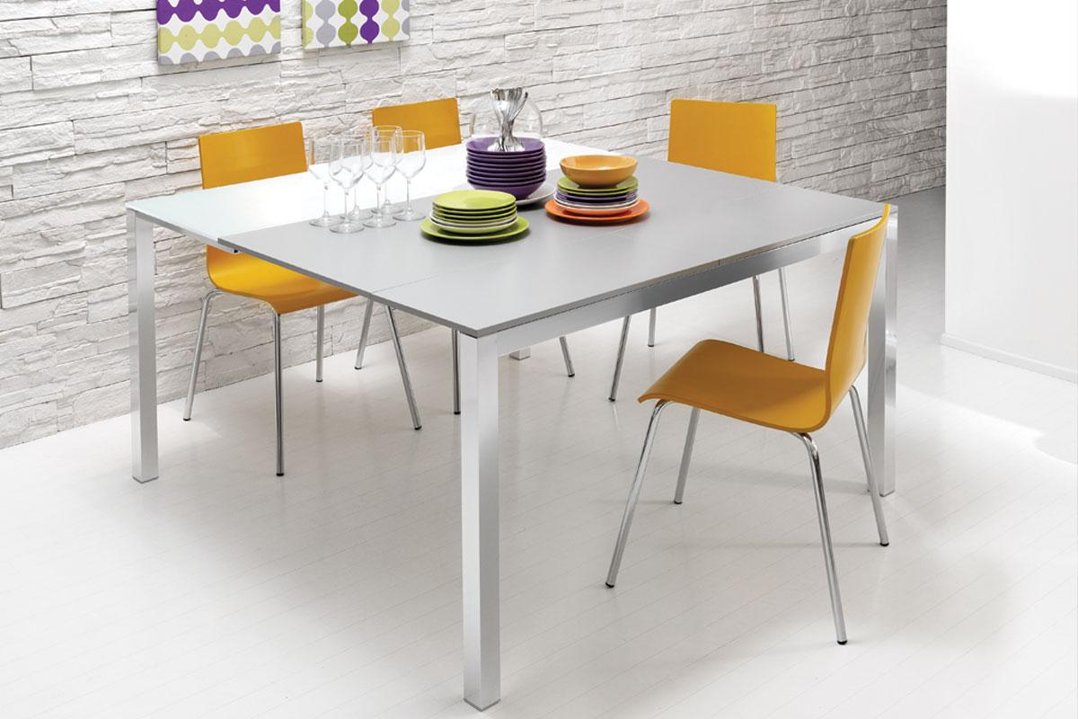 Sedia moderna lube ambra acquistabile in milano e - Lube tavoli e sedie prezzi ...