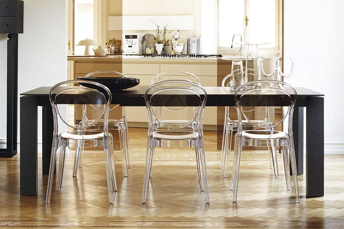 Sedia moderna calligaris parisienne acquistabile in for Sedia milano calligaris