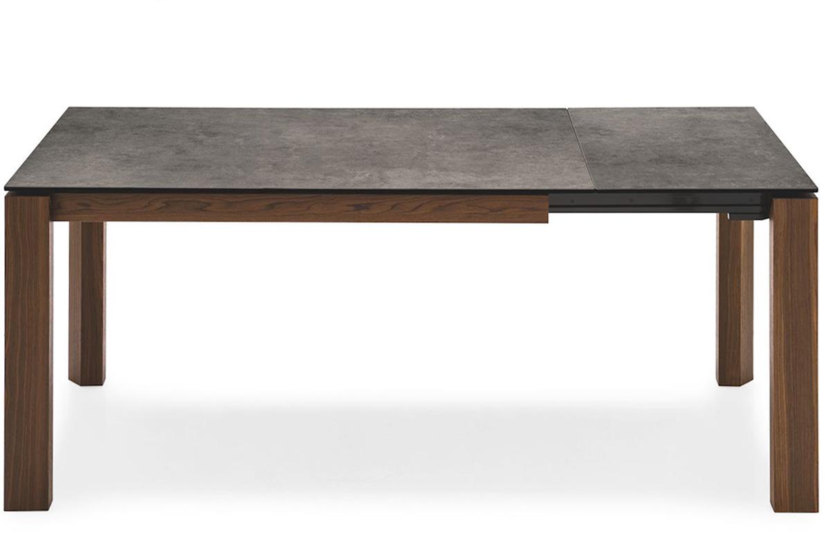 Tavoli tavoli sedie consolle classici e moderni milano for Tavolo omnia calligaris