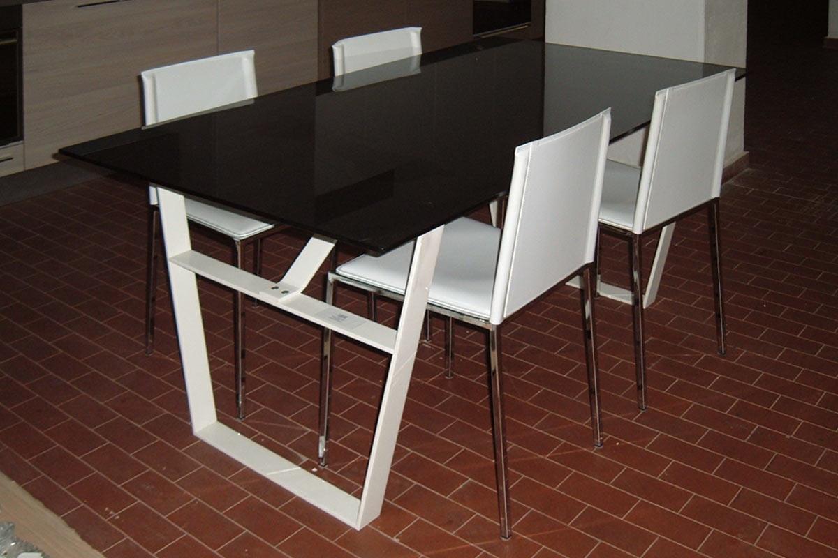 Outlet tavoli sedie outlet arredo giardino prezzi in for Lops arredamenti opinioni
