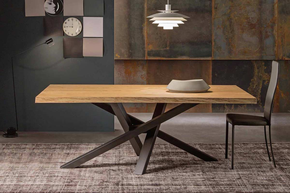 Tavolo moderno riflessi shangai acquistabile in milano e for Tavoli da soggiorno in legno