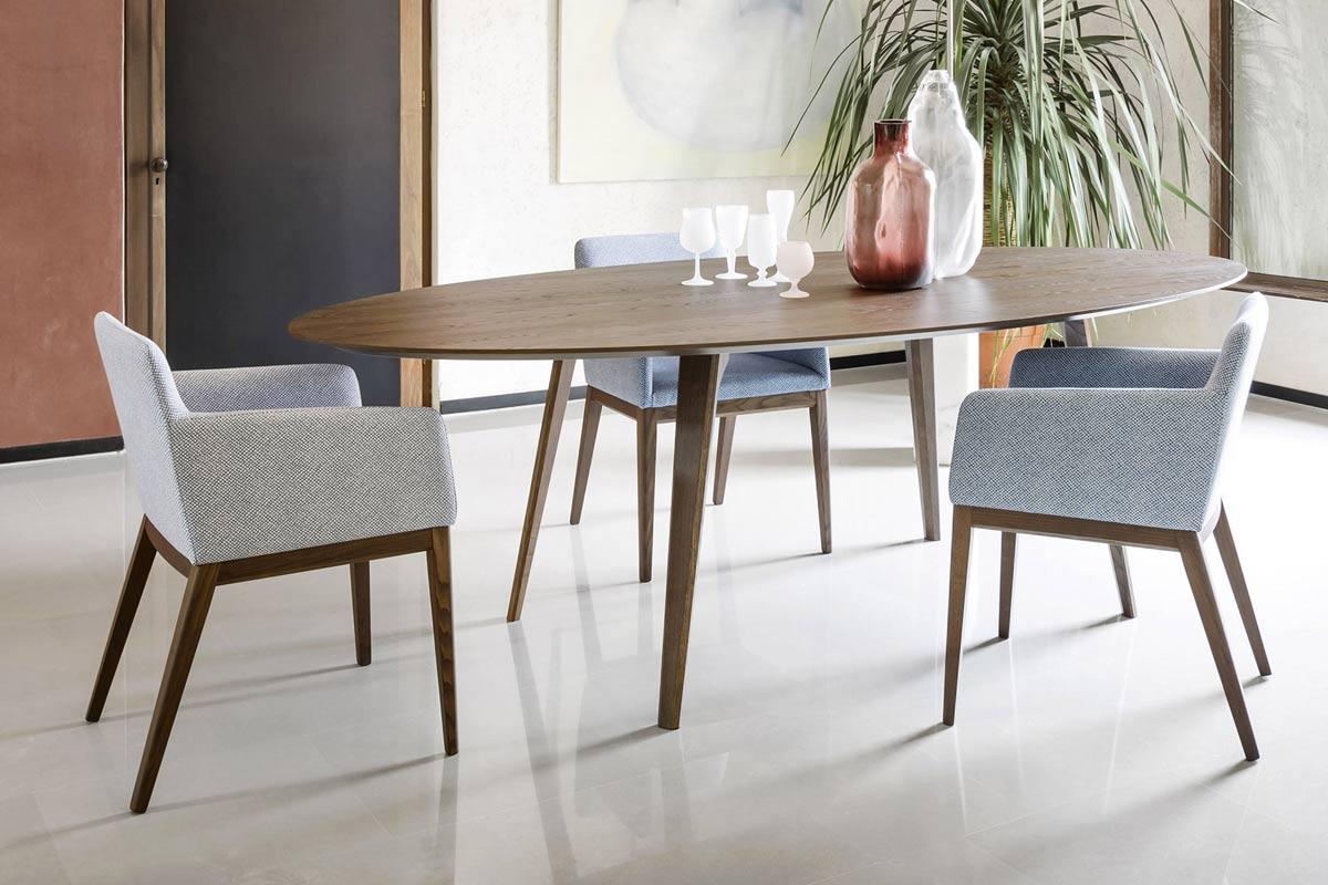 Tavoli tavoli sedie consolle classici e moderni milano for Sedie moderne grigie