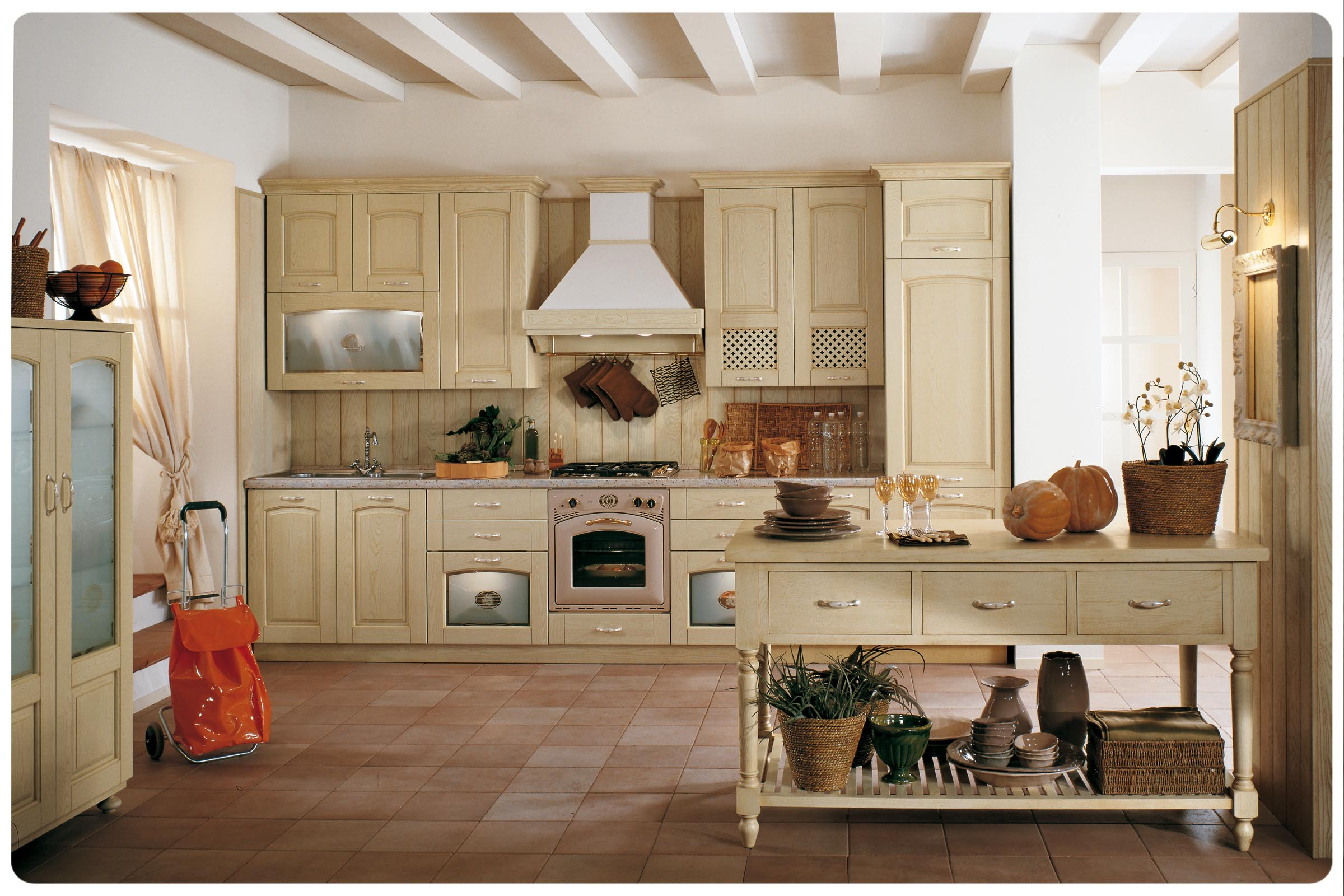 www.lops.it/images/products/cucine/cucina-classica...