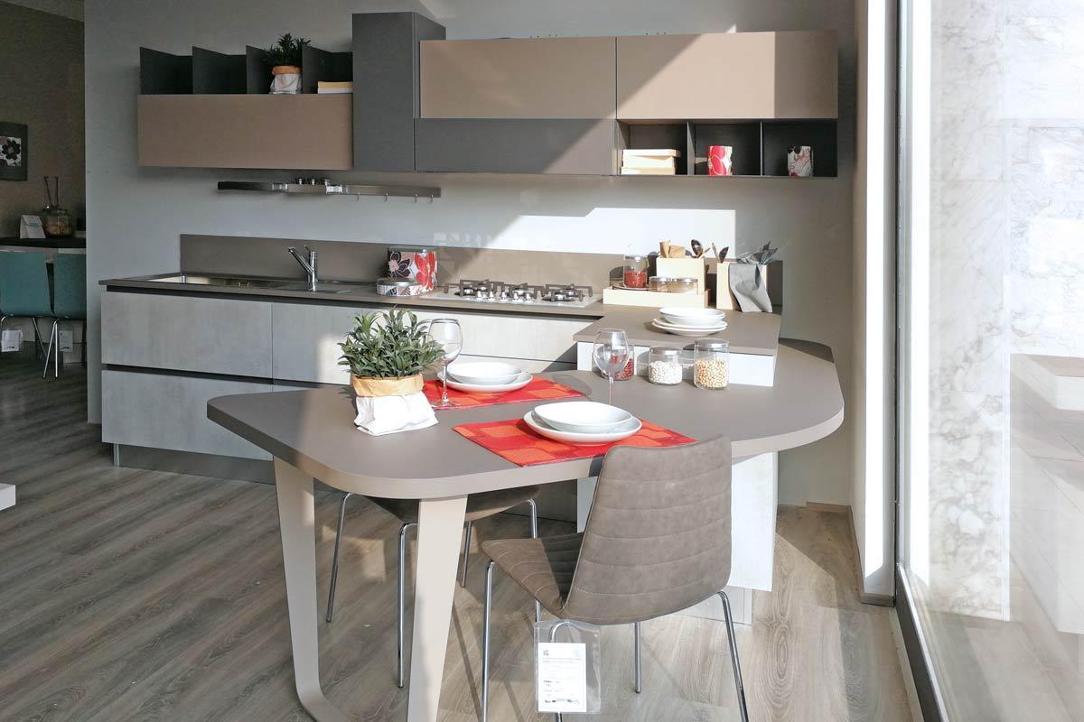 Cucina Outlet Lube Immagina Neck - Acquistabile in Milano e ...