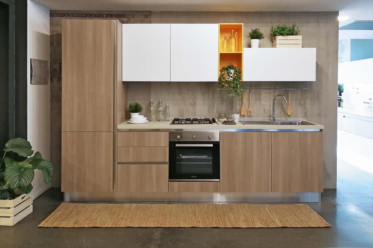 http://www.lops.it/images/products/cucine/cucina-moderna-lops-smeraldo-00.jpg