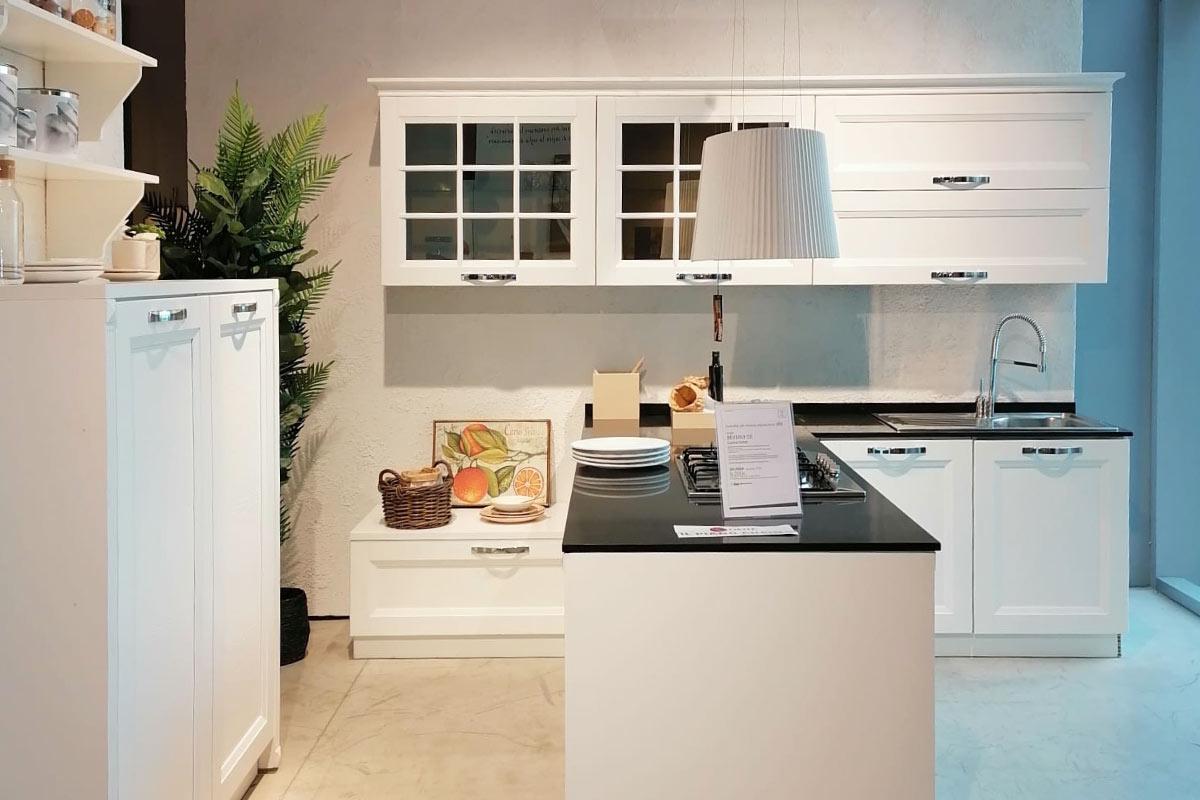 Cucina Outlet Stosa Beverly Ce Outlet Mobili Acquistabile In Milano E Provincia Monza E Brianza