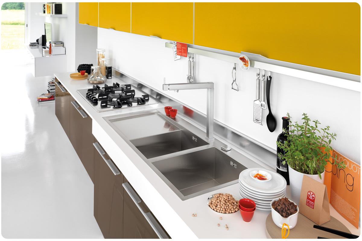 Cucine moderne componibili Lube Maura - cucine - Acquistabile in ...